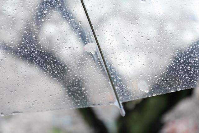 通勤時に久しぶりの雨